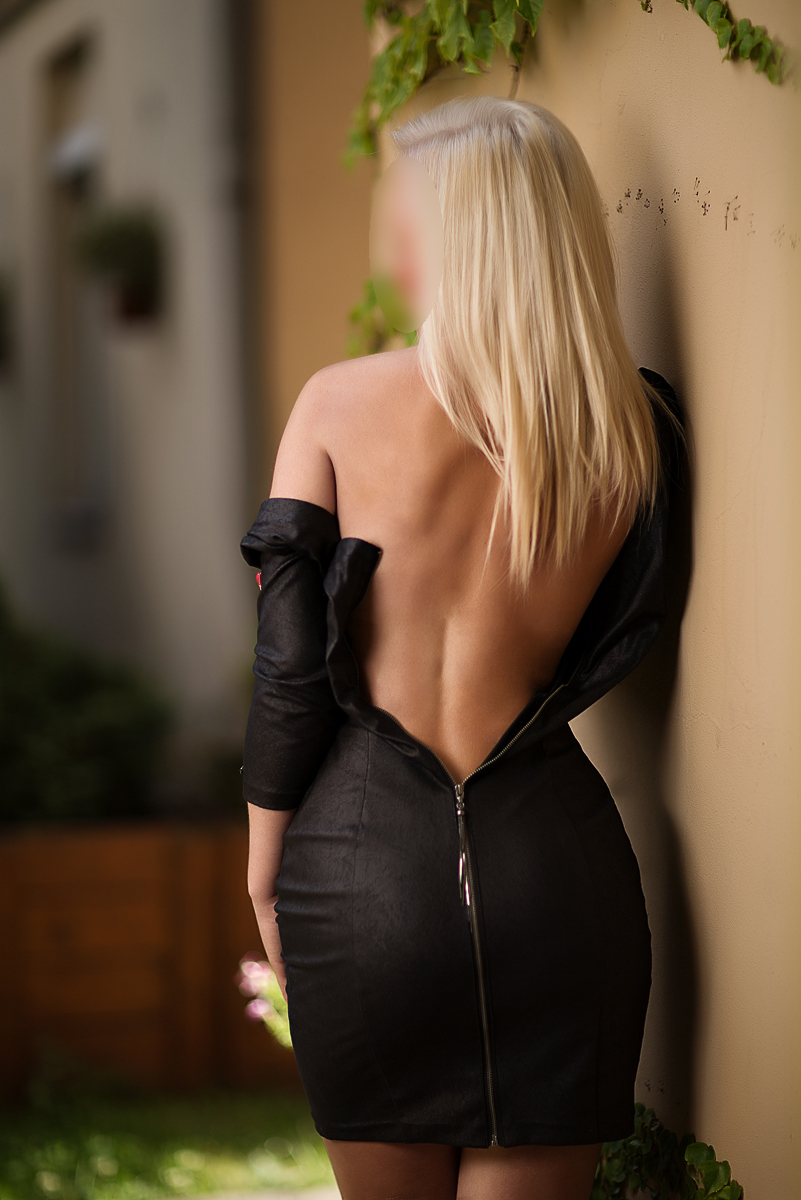escort girl prague