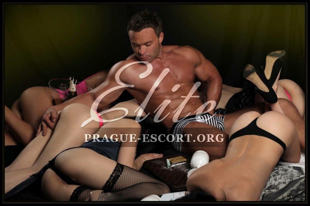 Bisexual european male escort in bangkok
